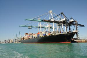 China takes over Pakistani port