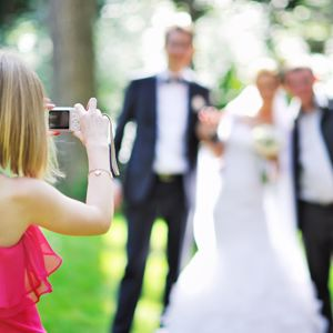 A new study has found Americans are willing to spend higher amounts on their wedding day than in the past.