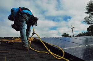 After a record-breaking 2015, the solar power market in the U.S. is on track to top last year's figures.
