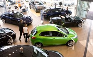 Car buyers are being more selective, according to a report.