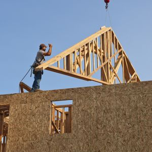 Construction companies may not be doing enough to keep their workers safe, research shows.