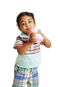 Get your baby from the bottle to a sippy cup for his dental health