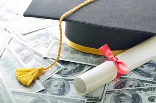 4 tips to better afford a mortgage with student debt