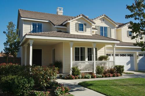 Mortgage, refinancing applications rise after FHA lowers insurance premiums