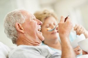 New studies suggest a correlation between the foods seniors eat and the development of dementia.