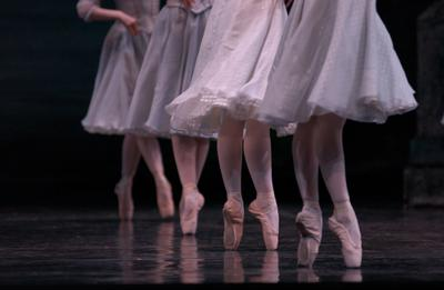 Pasadena Dance Theatre prepares for annual Nutcracker performances