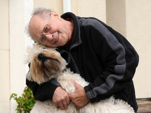 How to pick a pet for seniors