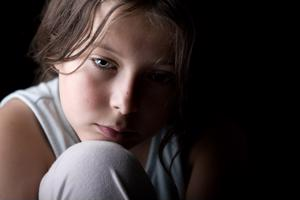 Recognize warning signs of child abuse and neglect