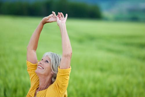 Researchers from the University of Finland found that women between the ages of 60 and 70 who are satisfied with their lives are less likely to deal with osteoporosis and other orthopaedic problems than women who are not as satisfied.