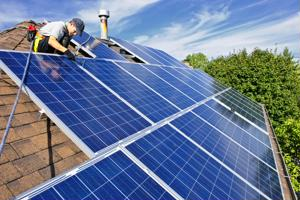 Solar industry job growth in Wisconsin increased by 45 percent last year, bringing it to 2,800 workers.
