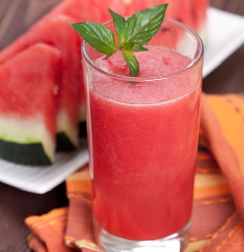 Une étude révèle de nouvelles propriétés médicales du jus de pastèque