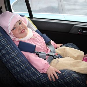 The poll indicated that in approximately half of all cases, parents spurned the advice of the car seat manufacturer and opted to position their car seat based on the child's level of comfort.