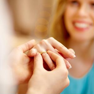 There are several ways in which to go about insuring an engagement ring, such as through renters insurance or umbrella insurance.