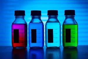 Companies remove color additives from food