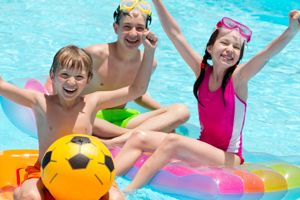 Water safety tips for kids this summer