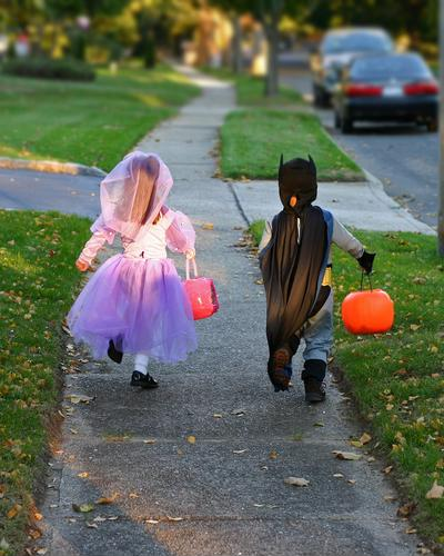 Keep kids safe this Halloween
