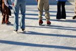 Savor some time on the ice while on holiday - Beijing Travel News
