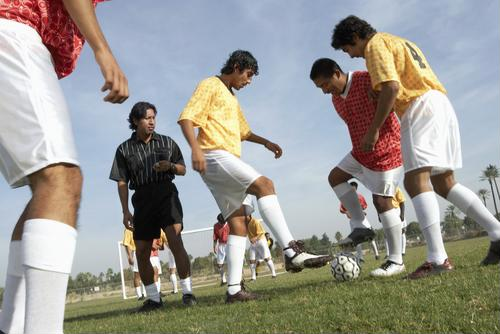 Soccer players should play safe to avoid ACL injuries