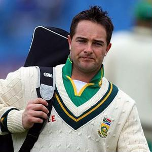 South African cricket star Mark Boucher retires after eye injury
