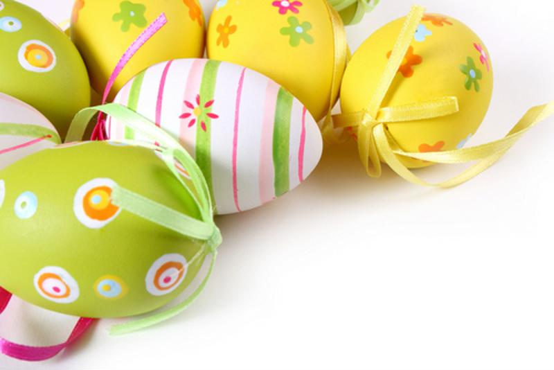 Keep those colors bright by vacuum sealing decorations.