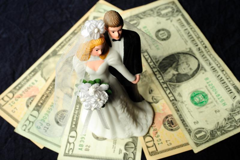 Avoid common money mistakes most newlyweds make.