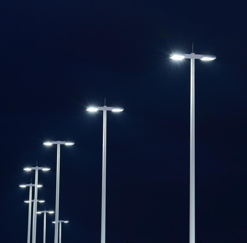 Jacksonville hopes to be on the cutting edge of technology with its new smart technology streetlights.