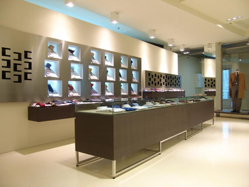 Clean shapes and open spaces appeal to wealthy men buying fashion accessories.