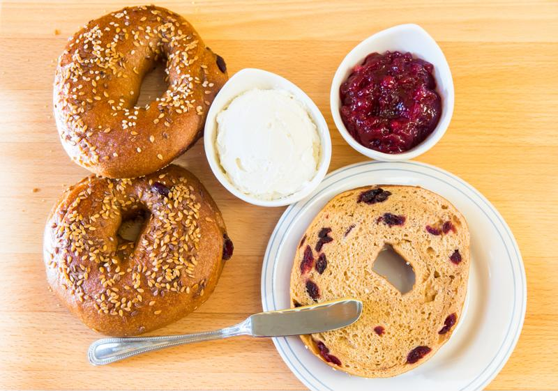 Those who opt for bagels in the morning are practical and low maintenance.