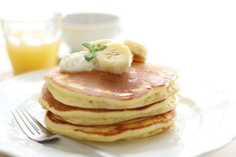 Bananas and eggs can make great pancakes.