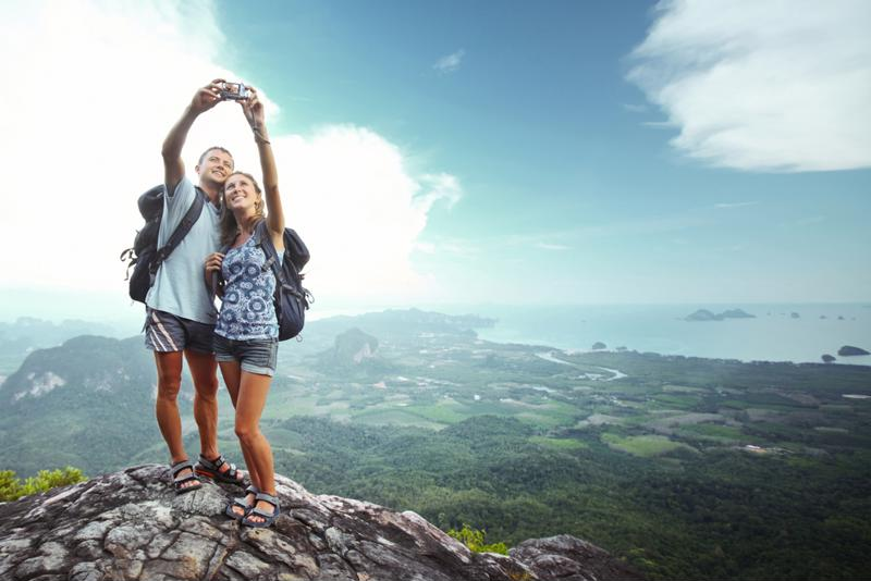 Social media can help expats share their experiences abroad.