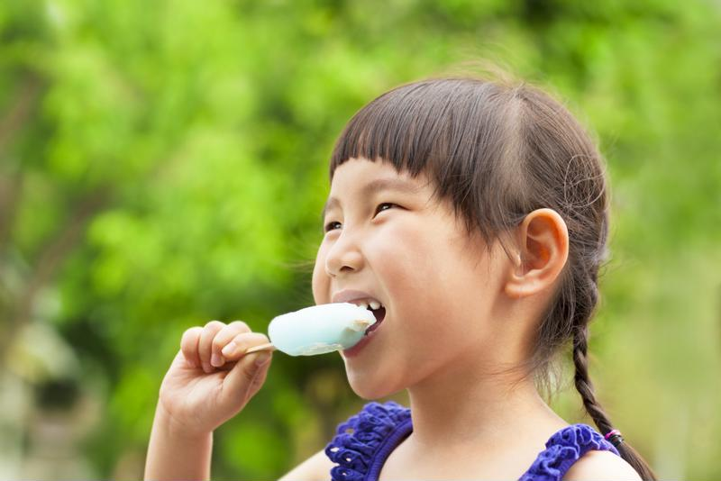 A popsicle can help soothe a sore throat and provide hydration.