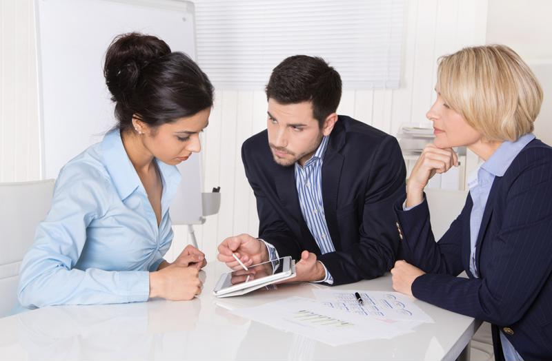 Human resource management should have effective communication skills.