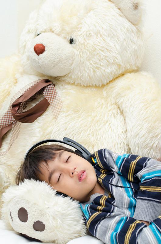 Reminding your students to get enough sleep can help them perform well on tests.