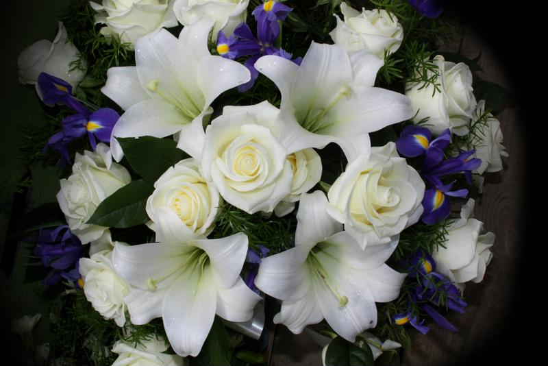 Sending flowers serves as a way to extend sympathy to the family of the deceased and to convey love, sympathy and respect for the dead.