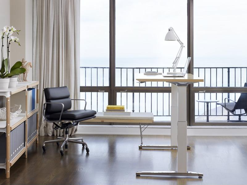 The height adjustable desk can help prevent neck pain while improving circulation and enhancing energy.