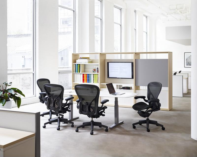 Quality ergonomic office chairs should provide lumbar support and be adjustable to conform to the user's body.