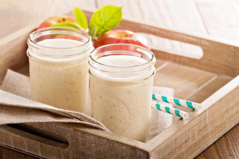 This apple smoothie can be a treat for the whole family.