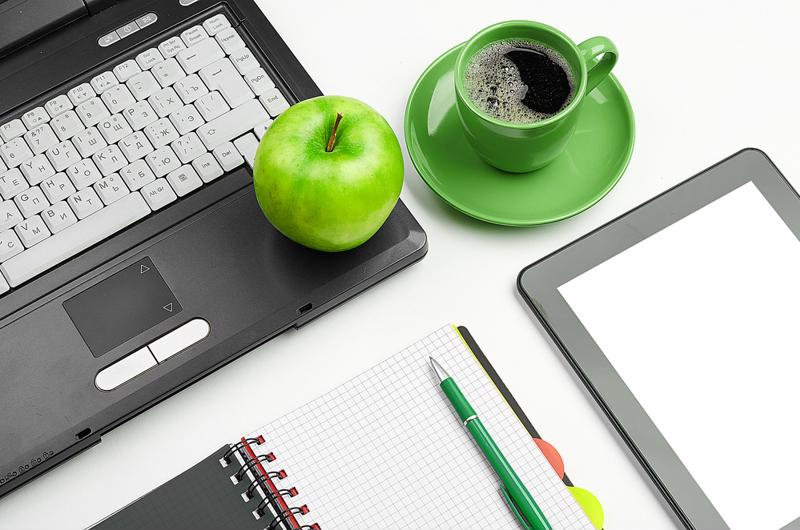 An apple and a cup of coffee will keep your mind active.
