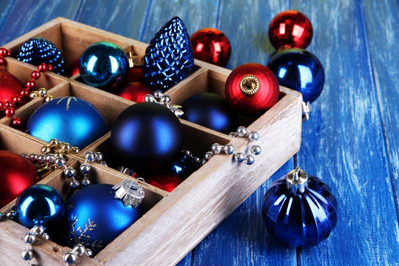 There are lots of tips for storing and unpacking holiday lights each season.