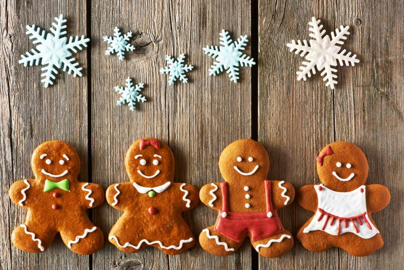 Gingerbread cookies can taste great and be low in calories.