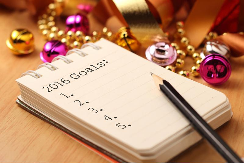 Make a resolution to simplify your finances in 2016.