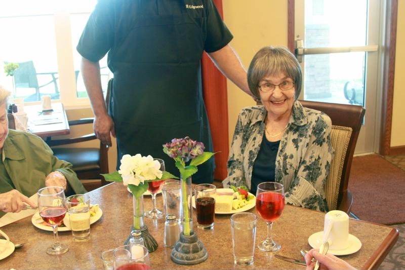 senior, residents, assisted living, Edgewood