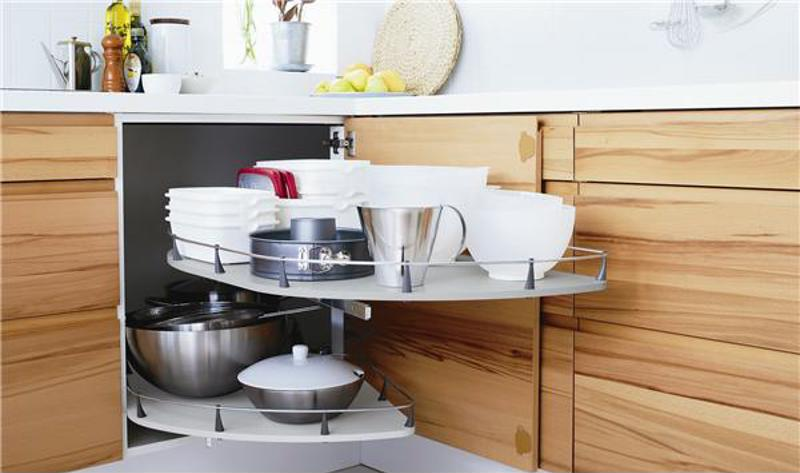 kitchen, pots and pans, assisted living