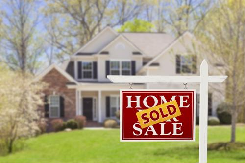 August home sales remained unchanged; home construction completions increased