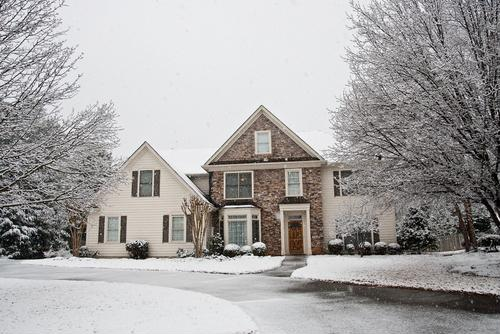 Making a wintertime home purchase? Use this guide to help you make the best decision