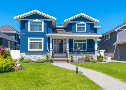 How to cut down on costs when staging your home