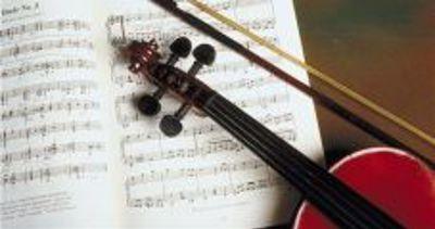 Violinist brings Tchaikovsky to life in Pasadena