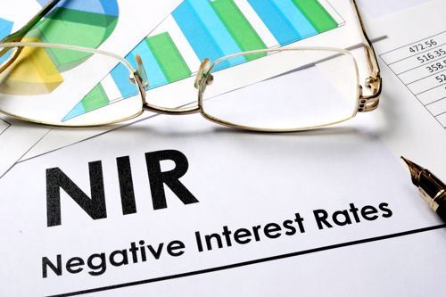 What does it mean when the Fed has negative rates?