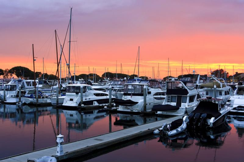 DockSense uses GPS, AHRS and stereoscopic cameras to help boaters delicately dock.