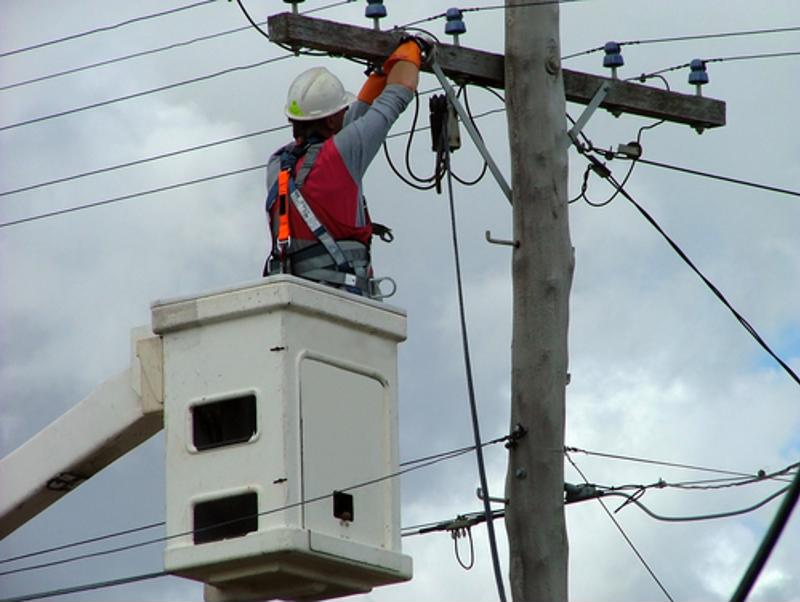Work on utility poles doesn't have to be a barrier to FTTH adoption.